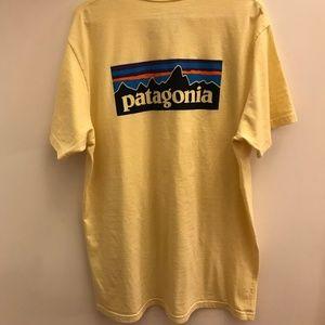 Patagonia Yellow T-Shirt XXL